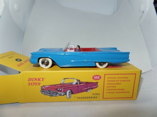 Atlas French Dinky 555 Ford Thunderbird Cabriolet + Driver in Blue